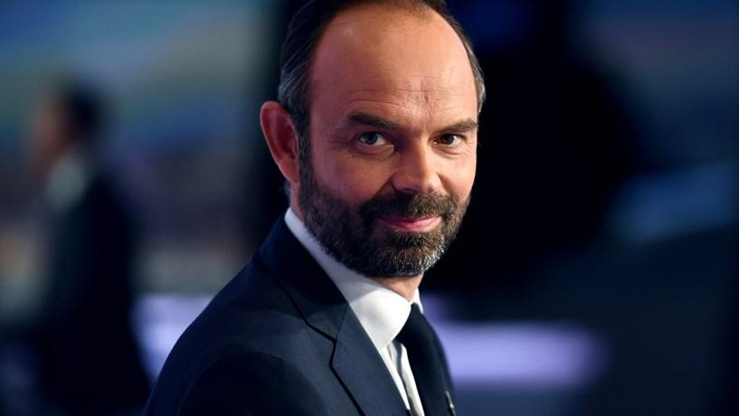 """Primeiro-ministro francês diz que é preciso recusar """"sectarismo"""""""