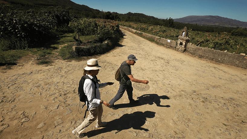 Caminhar até Santiago já não é só promessa