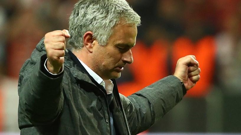 Manchester United de José Mourinho conquista Liga Europa ao bater Ajax