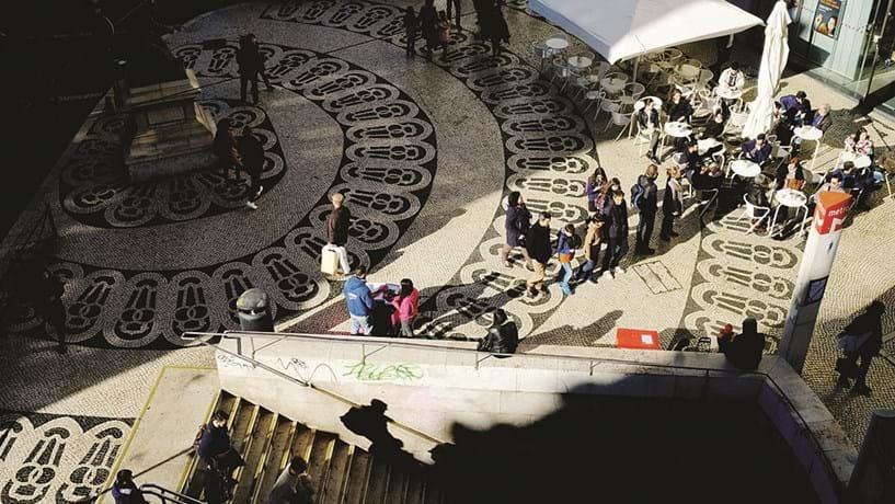 Portugal atinge meta de crescimento de 1,2% mas diverge do euro