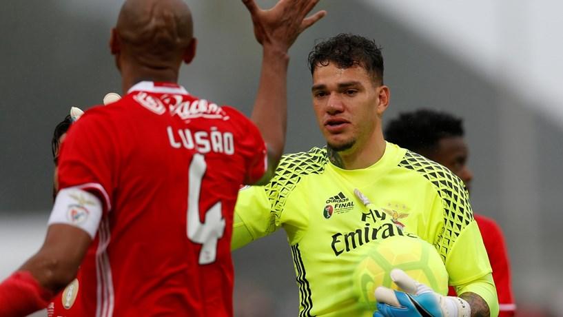 Benfica confirma negociação para a venda de Ederson