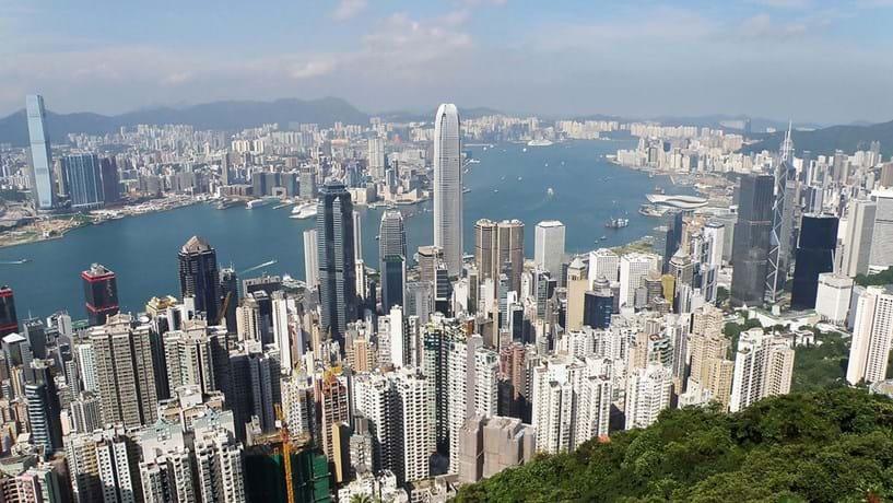 Hong Kong, uma cidade onde só os bilionários vivem bem