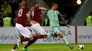 Portugal vence na Letónia por 3-0 com dois golos de Ronaldo e um de André Silva