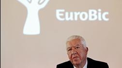 """Teixeira dos Santos: """"O Banco de Portugal  é um bode expiatório fácil"""""""