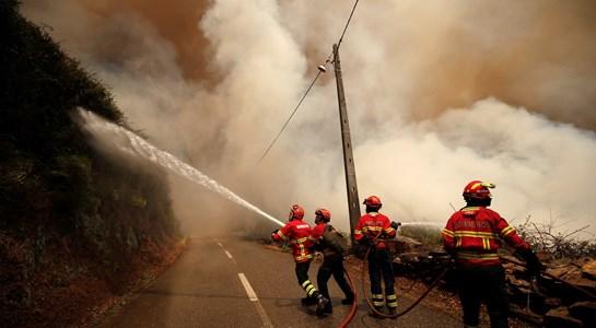 """""""SIRESP correspondeu e esteve à altura da complexidade"""" dos incêndios"""