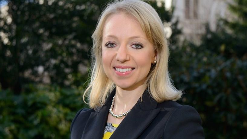 """Anna Stupnytska: """"Bancos centrais muito confiantes é razão de preocupação"""""""
