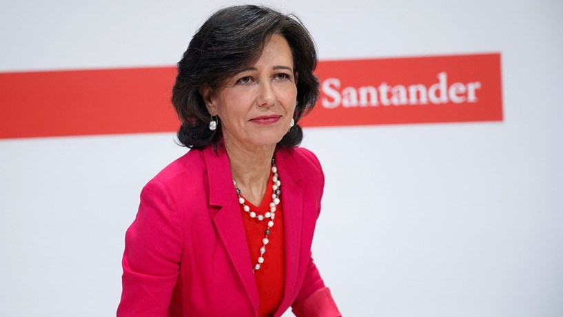 """Moody's mantém """"rating"""" do Santander após compra do Popular"""