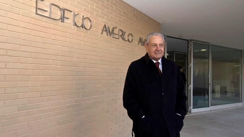 Américo Amorim entrou no Banco Popular em 2003 através de uma operação de troca do seu BNC por 4,5% do capital da instituição financeira espanhola.
