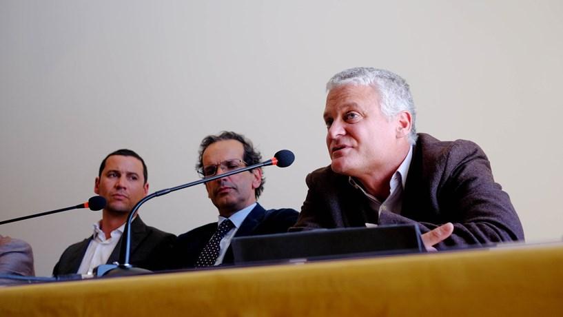 St Aubyn na apresentação do relatório sobre sustentabilidade da dívida do grupo de trabalho criado pelo PS e pelo Bloco