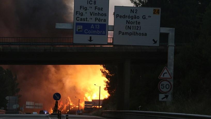 Evacuada aldeia de Vale Pereiras
