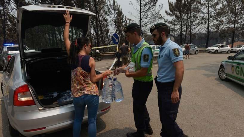 Movimento solidário junta três entidades na recepção de bens