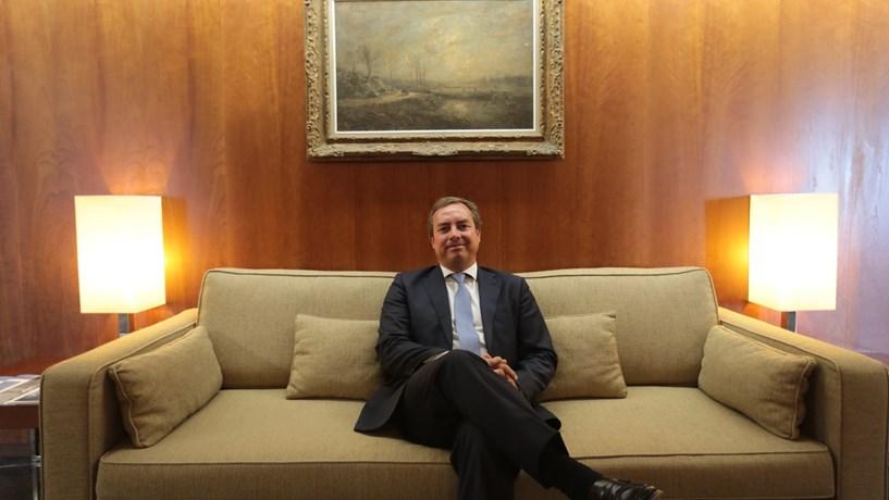 João Tiago Silveira lidera equipade Direito Público