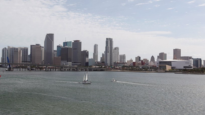 Quais as cidades mais caras onde pernoitar?