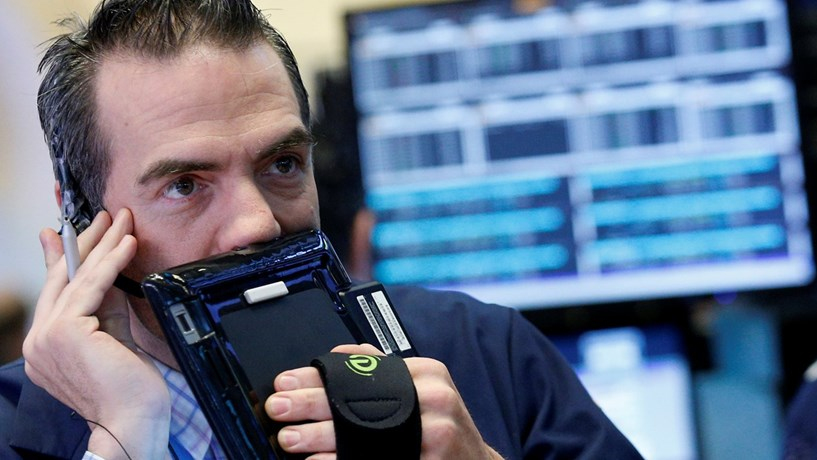 Wall Street sem rumo definido em semana de resultados