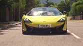 O novo McLaren 570S Spider já está nas estradas