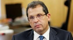 Anacom vai ter mais dois economistas e mais uma jurista