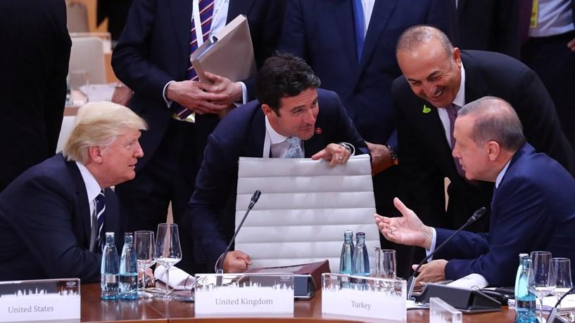 Estados Unidos suspendem emissão de vistos na Turquia