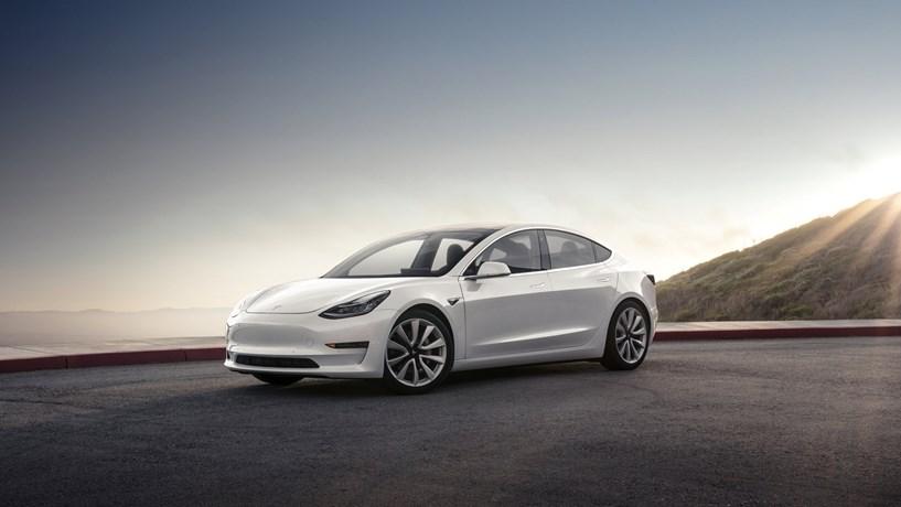 Tesla poderá abrir uma fábrica em Xangai