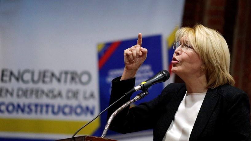 Serviços Secretos venezuelanos revistaram casa da ex-Procuradora-Geral da República