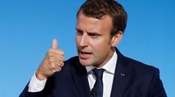 Macron sobe salário mínimo em 100 euros para travar protestos