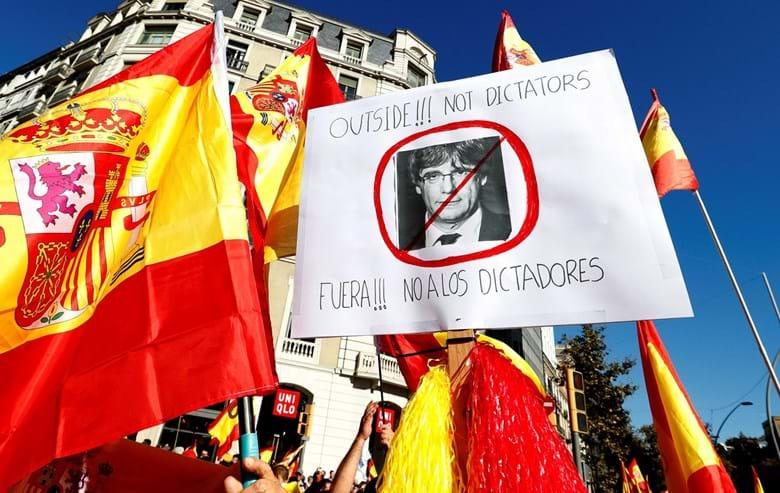 Procuradoria acusa ex-governantes da Generalitat de rebelião