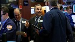 Wall Street ao rubro, apesar dos protestos e tensões EUA-China