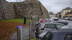 A revolução do carro eléctrico feita com dinheiro do petróleo
