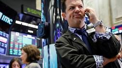 Retaliação da China aos EUA arrasta Wall Street para o vermelho