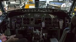 Telemóveis são perigosos nos voos? Em alguns aviões da Boeing, sim
