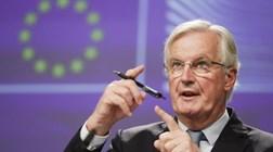 """UE mantém """"sérias divergências"""" com Reino Unido e pede """"compromisso"""""""