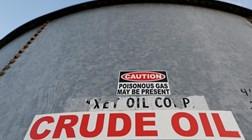Petróleo dispara 12% com corte de produção a poder chegar aos 20 milhões/dia