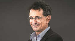 """Colin Mayer: O capitalismo """"vai certamente mudar"""""""