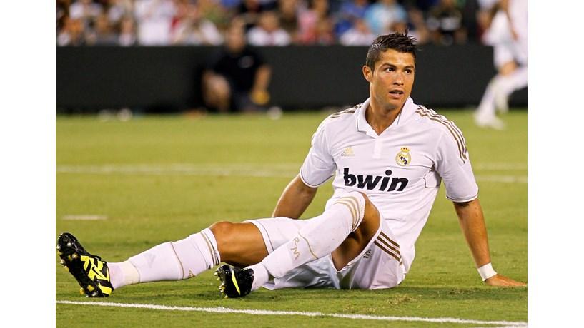Finanças espanholas vão ganhar mais que Ronaldo com o seu novo contrato 63fd4d39c2811