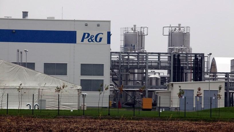 P&G compra unidade da alemã Merck por 3,4 mil milhões
