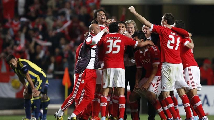 Marca Benfica é a 40ª mais valiosa do futebol mundial - Desporto ... f727e0bb3eaaf