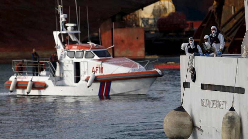 Bruxelas quer pagar 6 mil euros por cada migrante resgatado