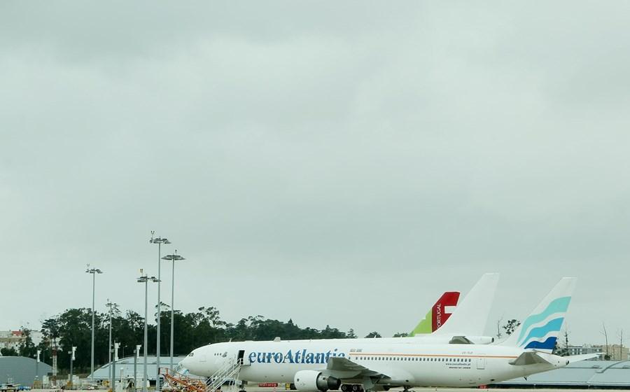 heroína Mutilar tienda  ANA: Problemas no abastecimento de aviões em Lisboa continuam, 64 voos  cancelados - Aviação - Jornal de Negócios