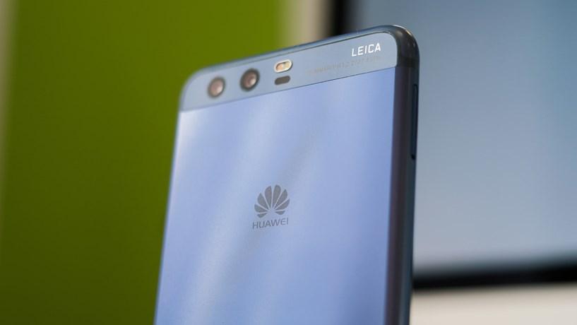 Google deixa próximos telemóveis da Huawei sem Play Store e Gmail
