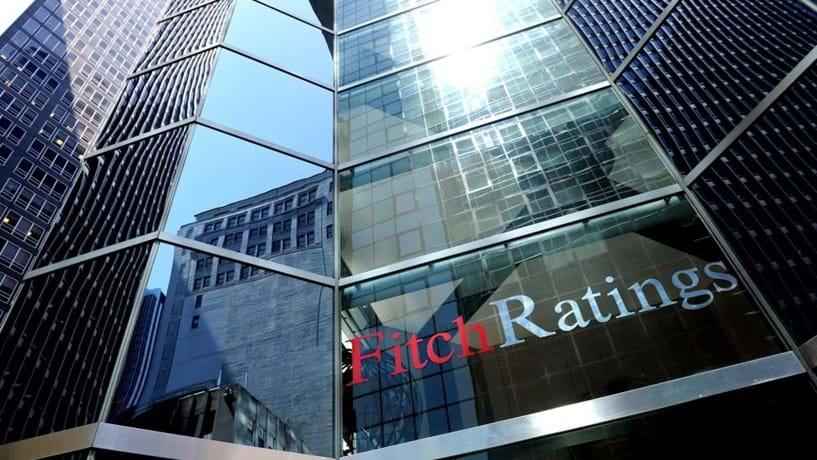 Fitch baixa rating de Hong Kong pela primeira vez desde 1995